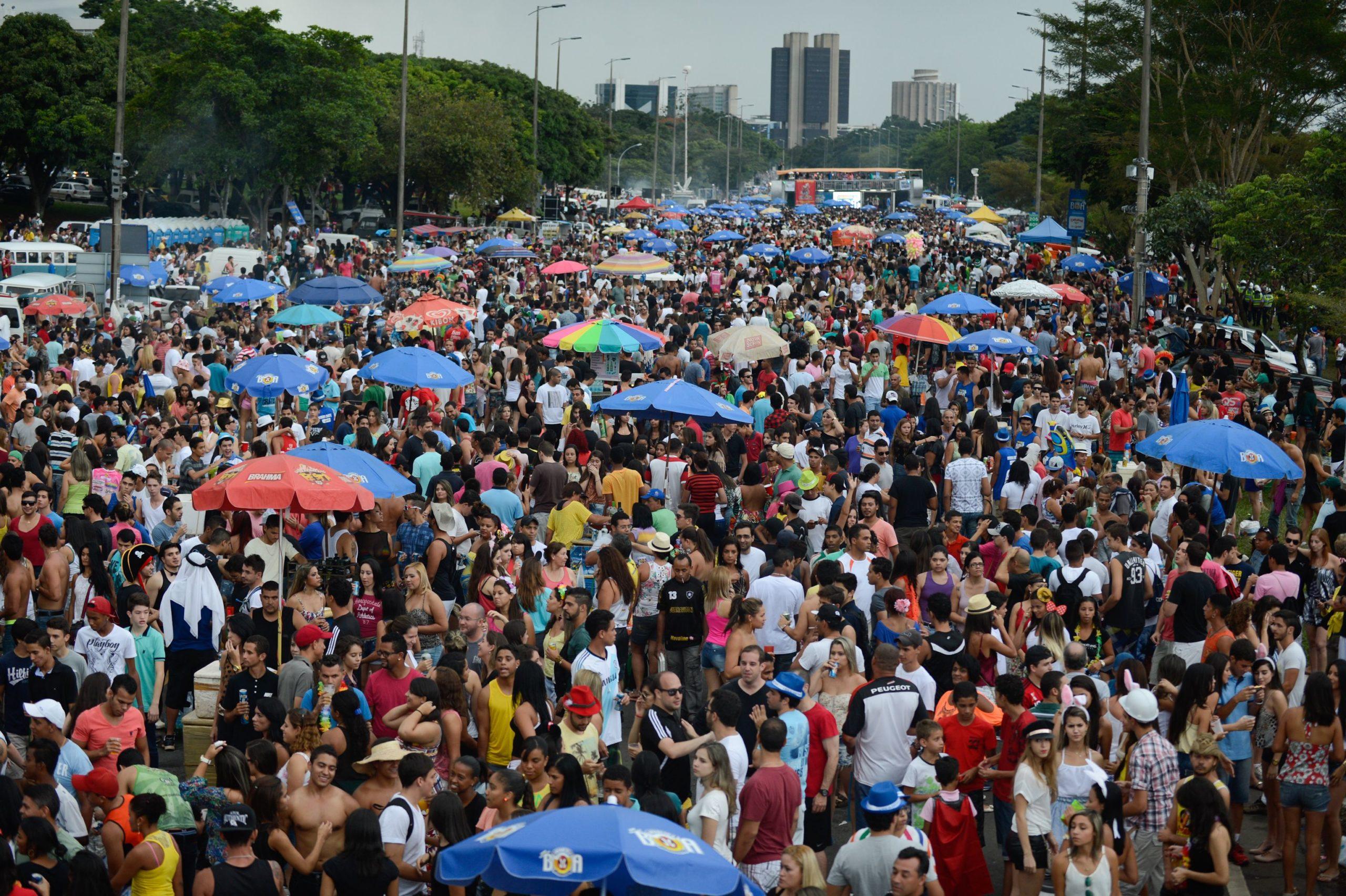Edital do Carnaval de 2018 está sendo questionado por artistas e blocos tradicionais