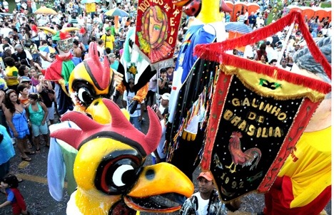 Carnaval com blocos de rua está crescendo a cada ano em Brasília