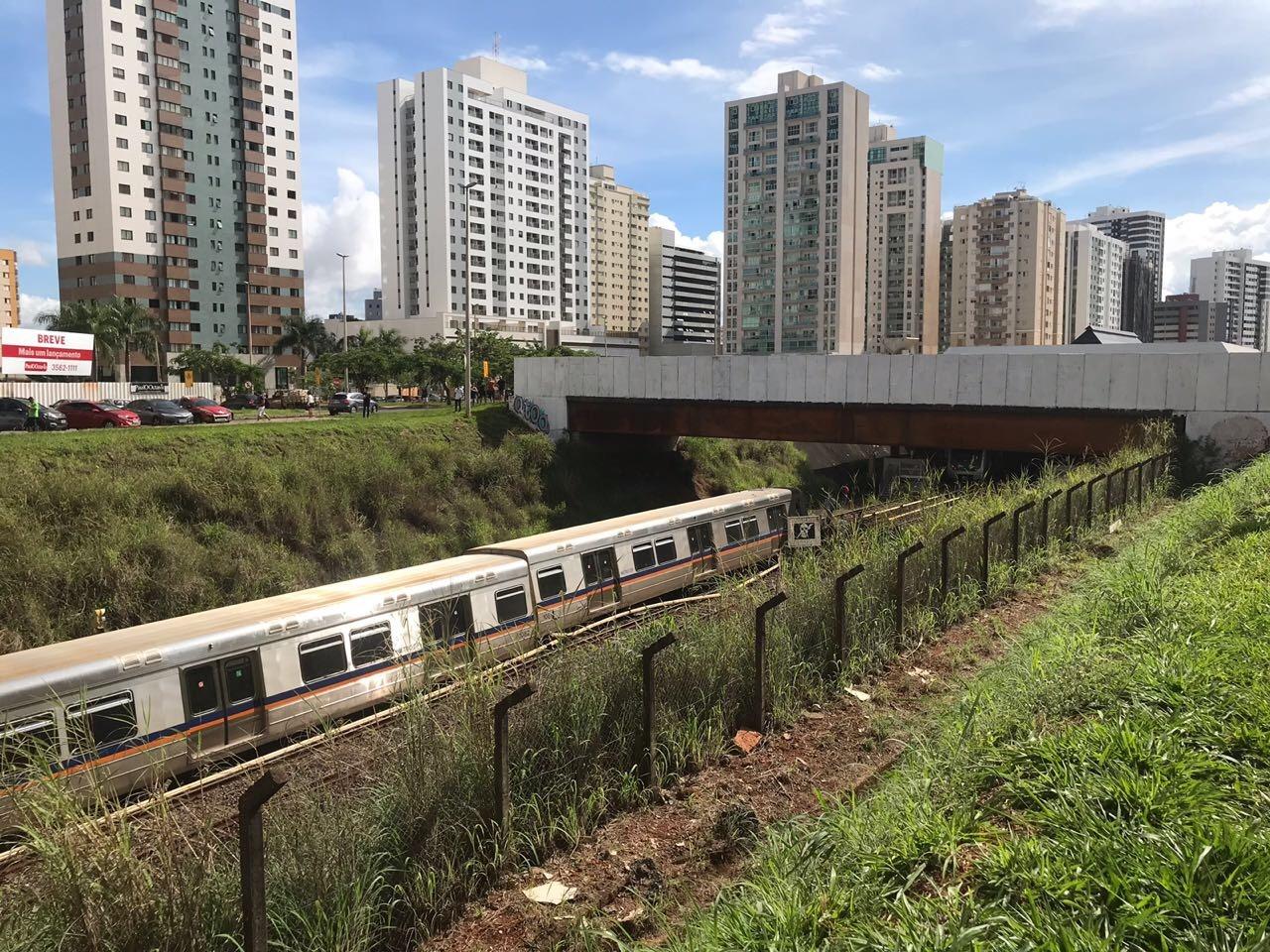 Vagão do Metrô descarrilha entre as estações Águas Claras e Arniqueiras