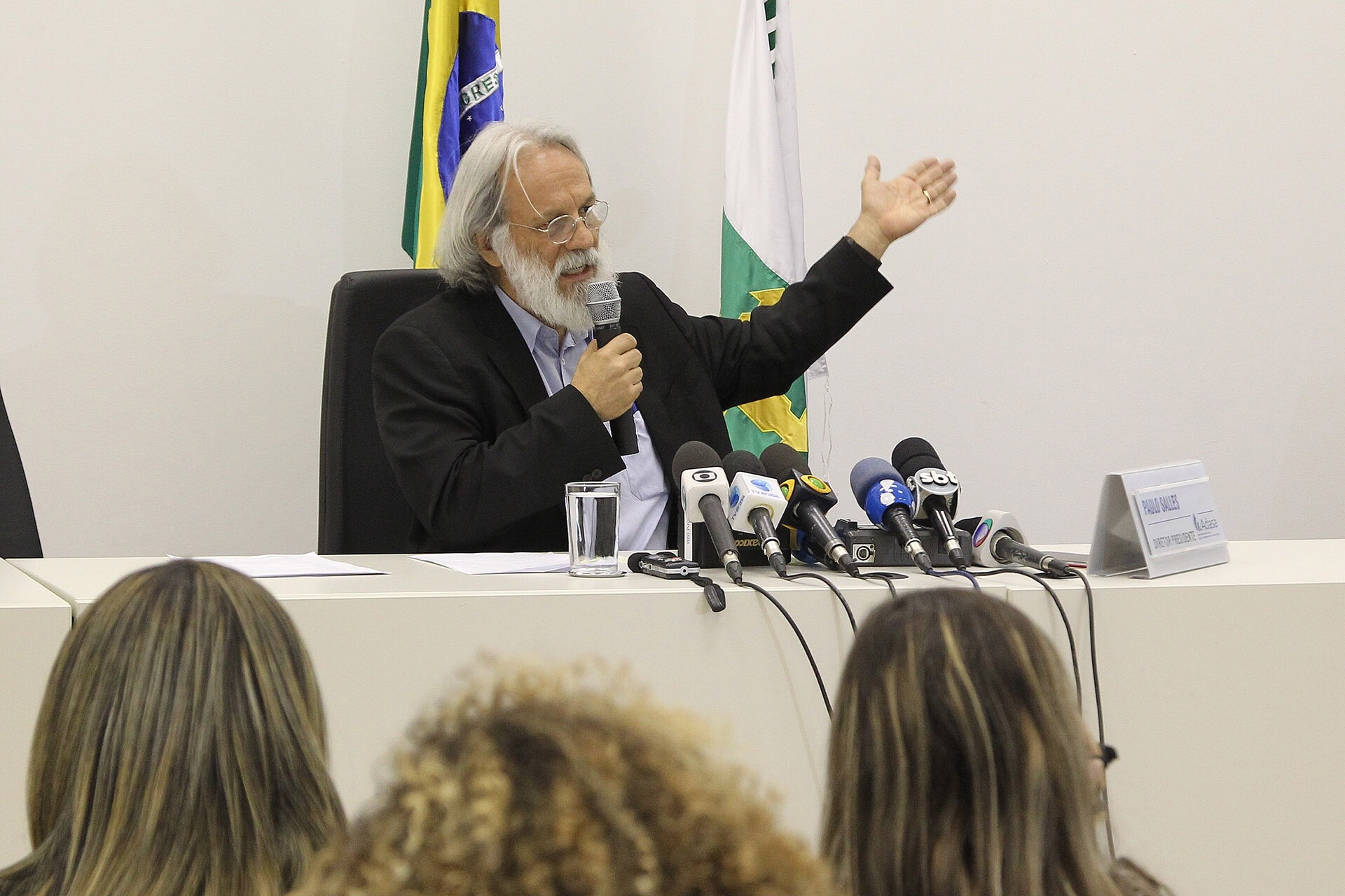 Temos que aprender a poupar água desde a infância, diz presidente da Adasa/DF