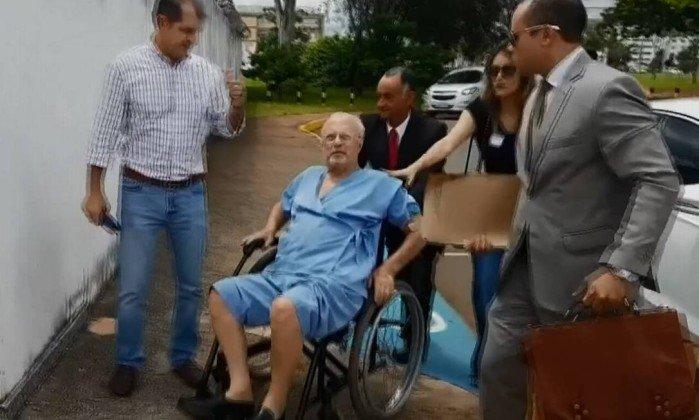 Paulo Maluf já está em SP depois de conseguir a prisão domiciliar junto ao STF