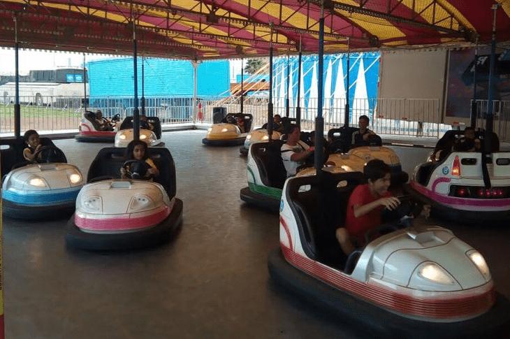 Projeto Social leva crianças de baixa renda a parque de diversões em Águas Claras