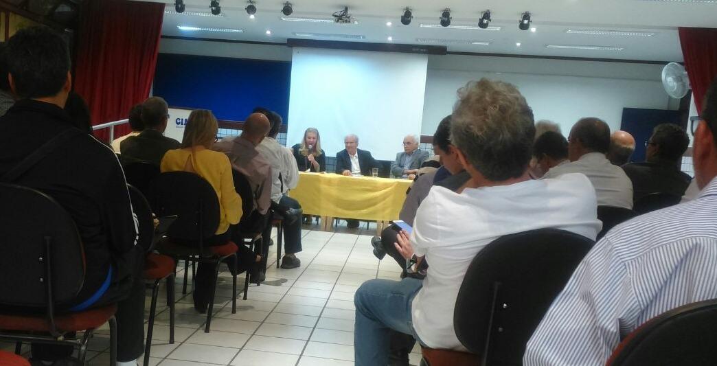Frejat (PR) e pré-candidatos ligados a saúde participam de encontro organizado por médicos na Octogonal