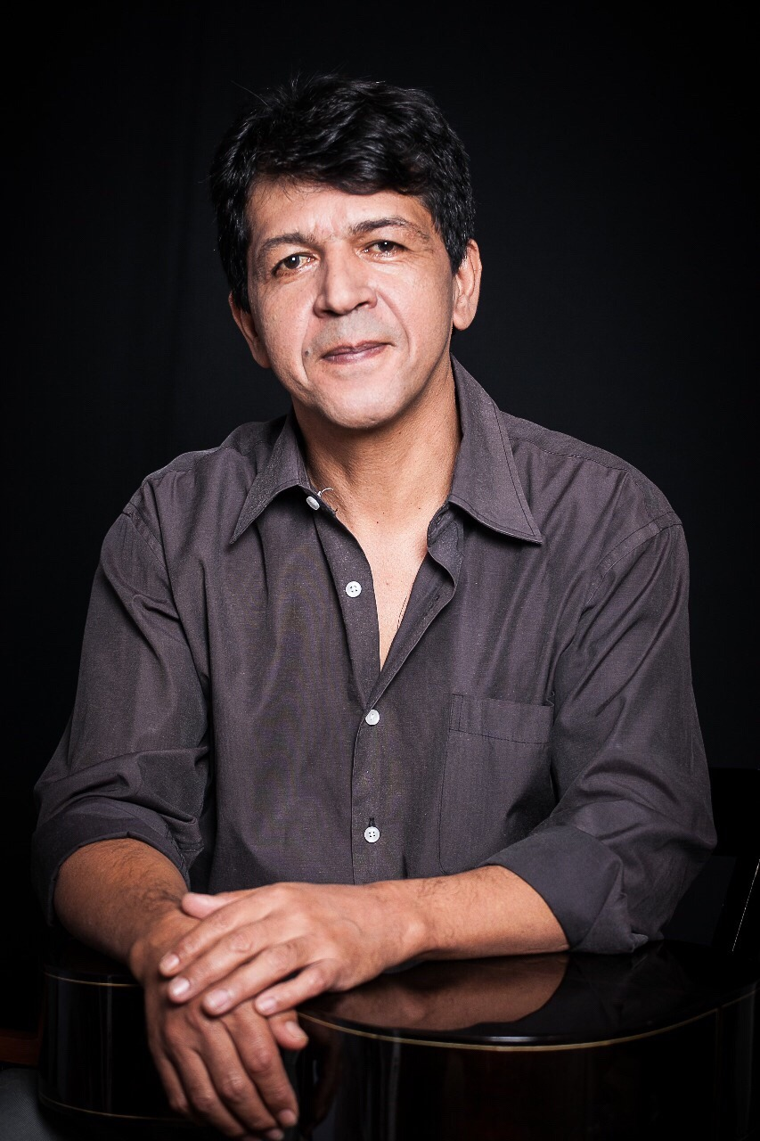 """Cantor e compositor Zelito Passos volta aos palcos para o lançamento do CD """"Coletânea Balé"""""""