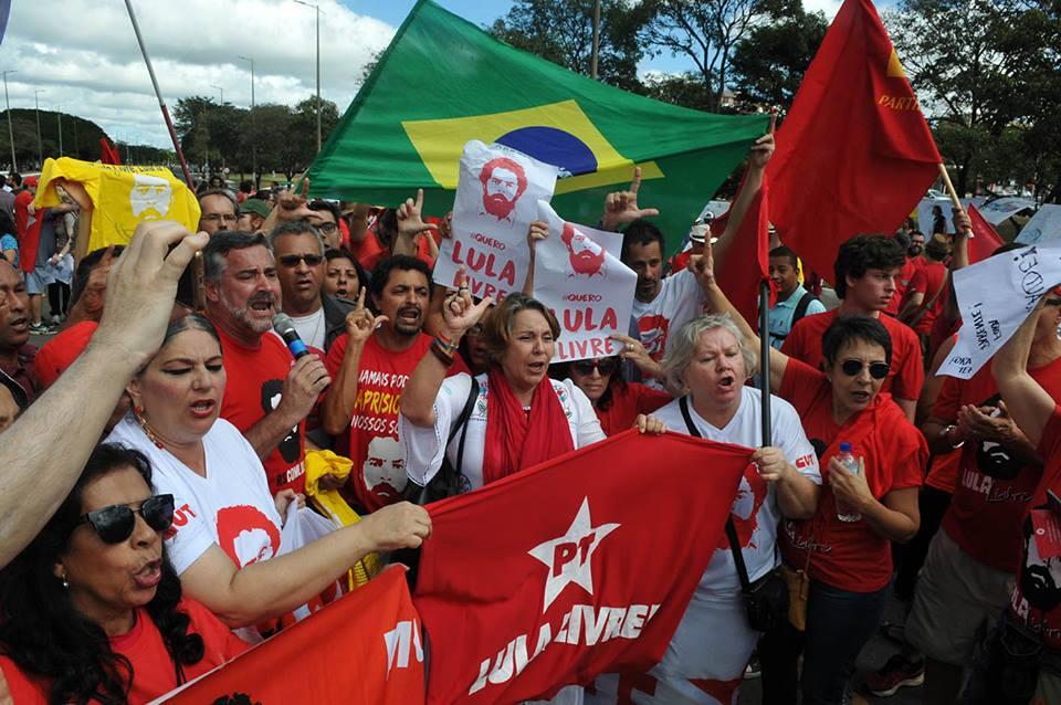 Lula_pré-candidatura_Renato Araújo1