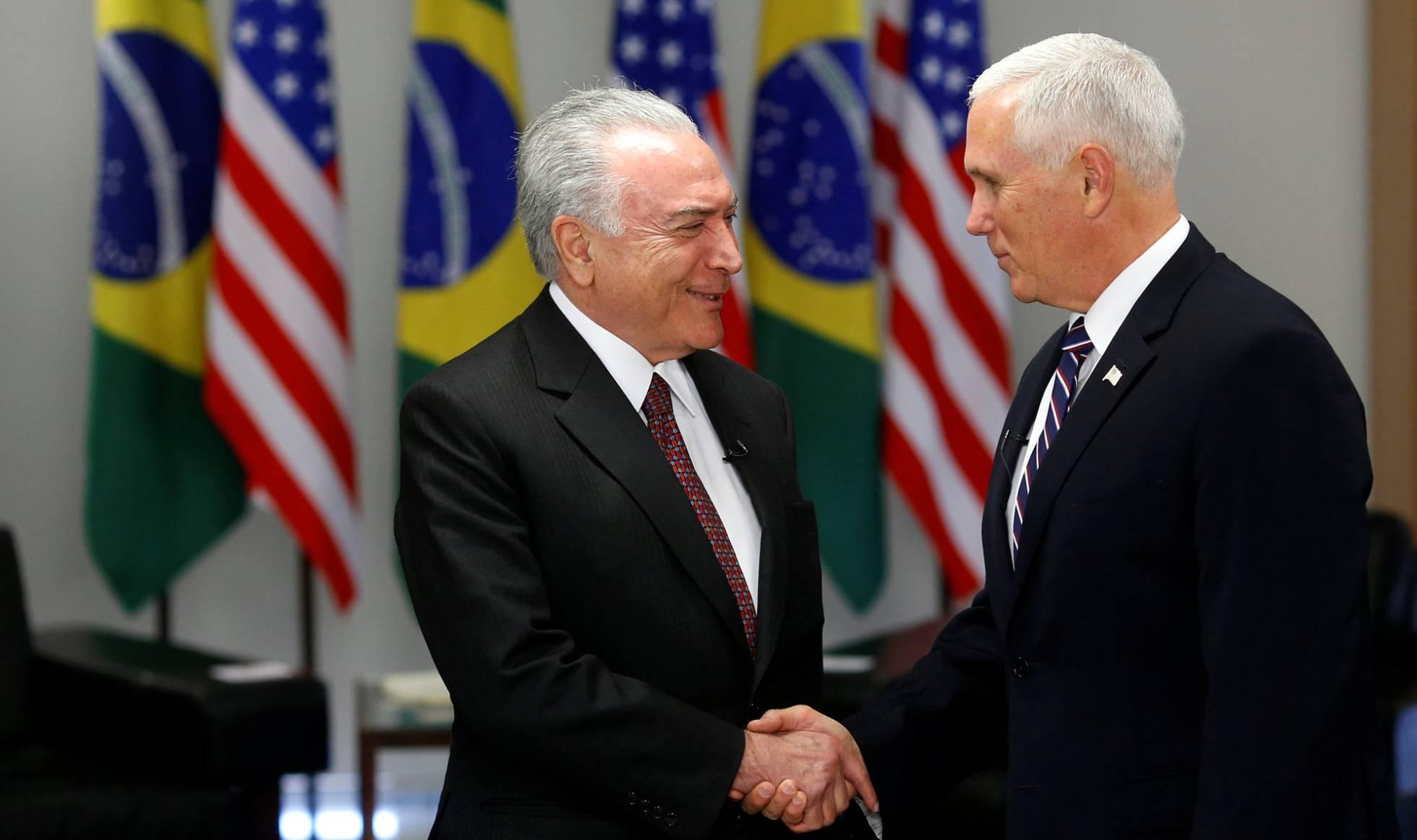 Pence cobra Temer enquanto Brasil propõe pagar volta de crianças detidas nos EUA