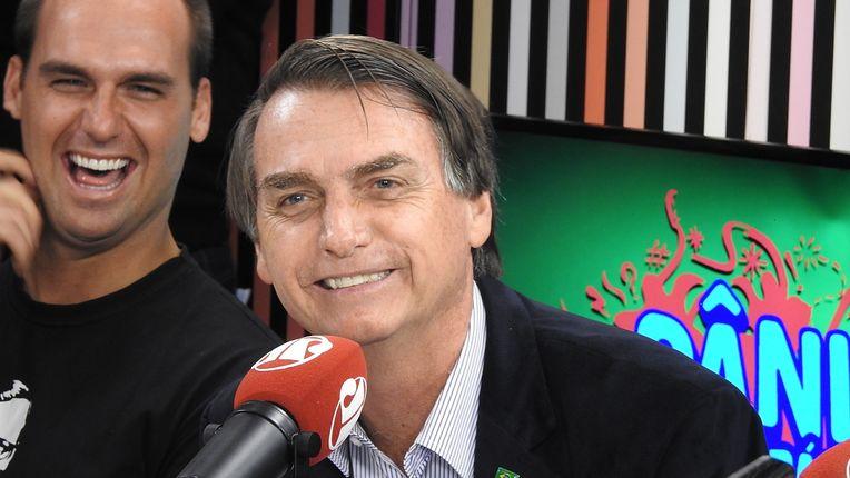 Bolsonaro é ridicularizado em programa de rádio