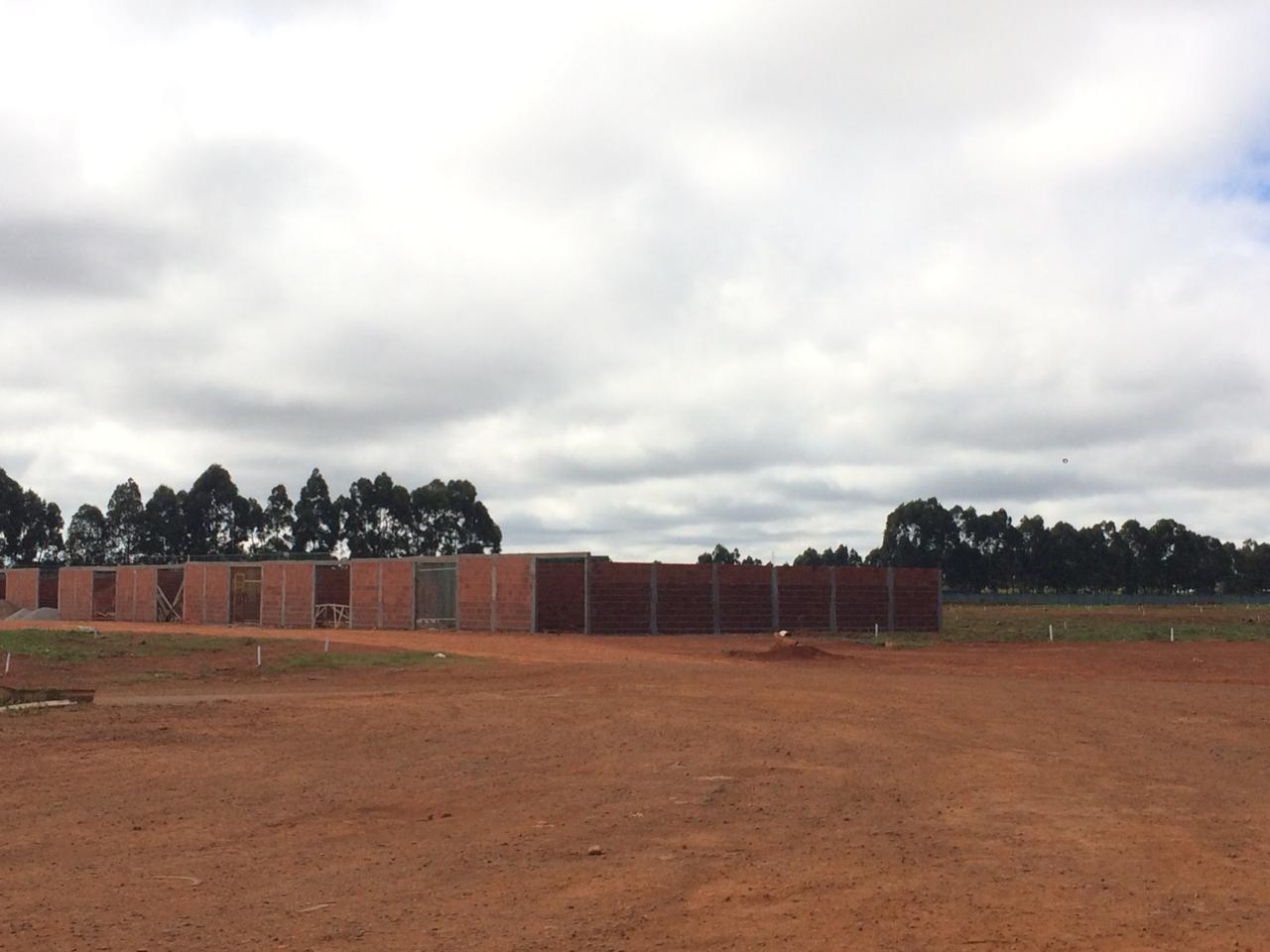 Associações e cooperativas habitacionais irão construir 300 casas no Riacho Fundo II