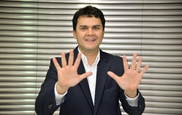 Wanderley Tavares (PRB) afirma em entrevista que é pré-candidato ao GDF