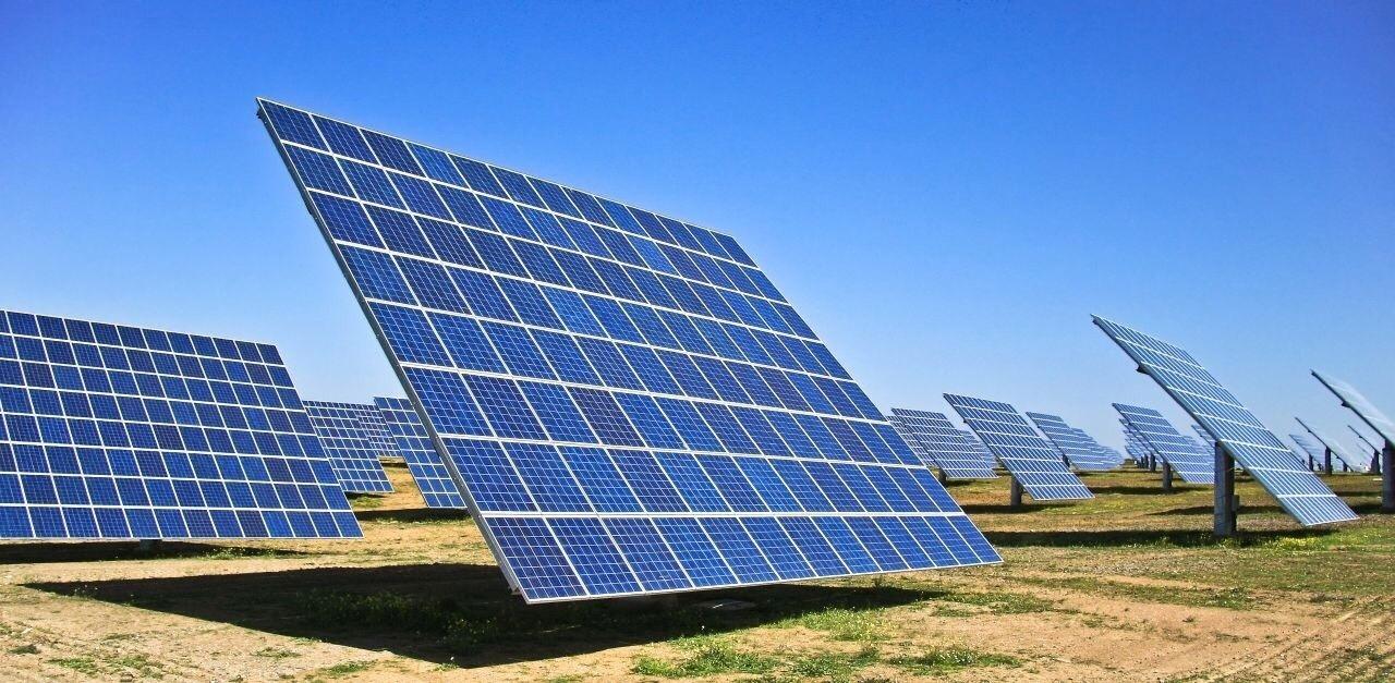 Uso de energia solar no campo cresce com usinas flutuantes