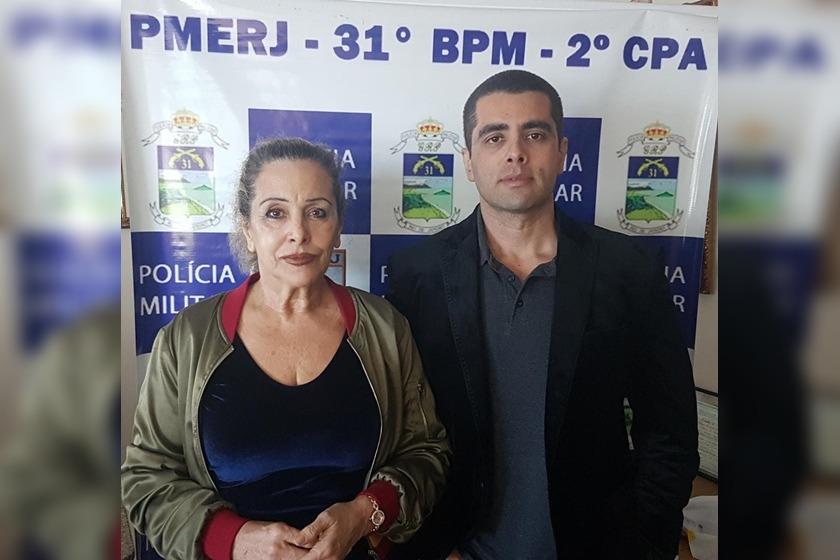 """Após denúncia, """"Dr. Bumbum"""" e mãe são presos no Rio de Janeiro"""