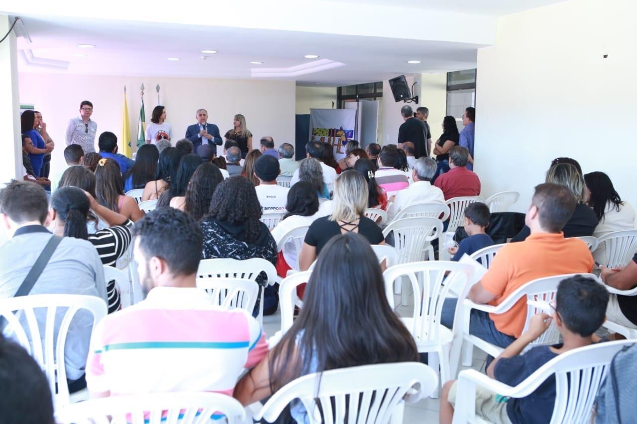 Tucanos promovem evento de apoio a candidatura de Izalci (PSDB)