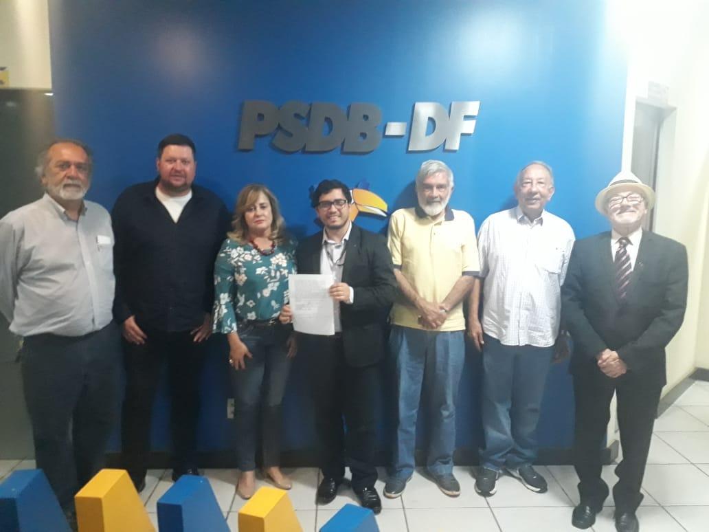 Líderes do PSDB/DF declaram apoio incondicional à candidatura de Izalci Lucas ao governo do DF
