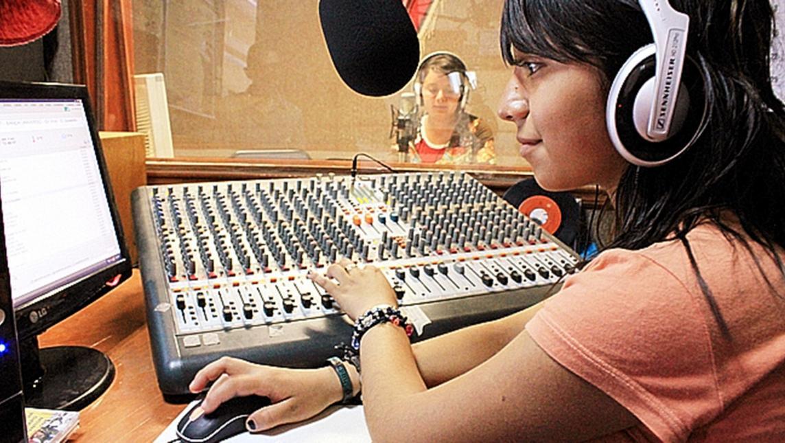 Senado aprova projeto que amplia a potência das rádios comunitárias