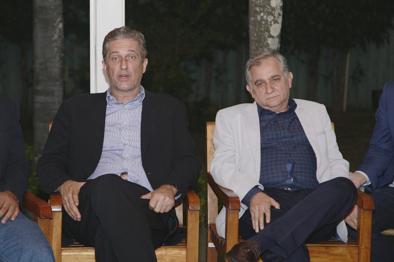 Izalci Lucas, Rogério Rosso e Ibaneis Rocha disputam espólio de Frejat
