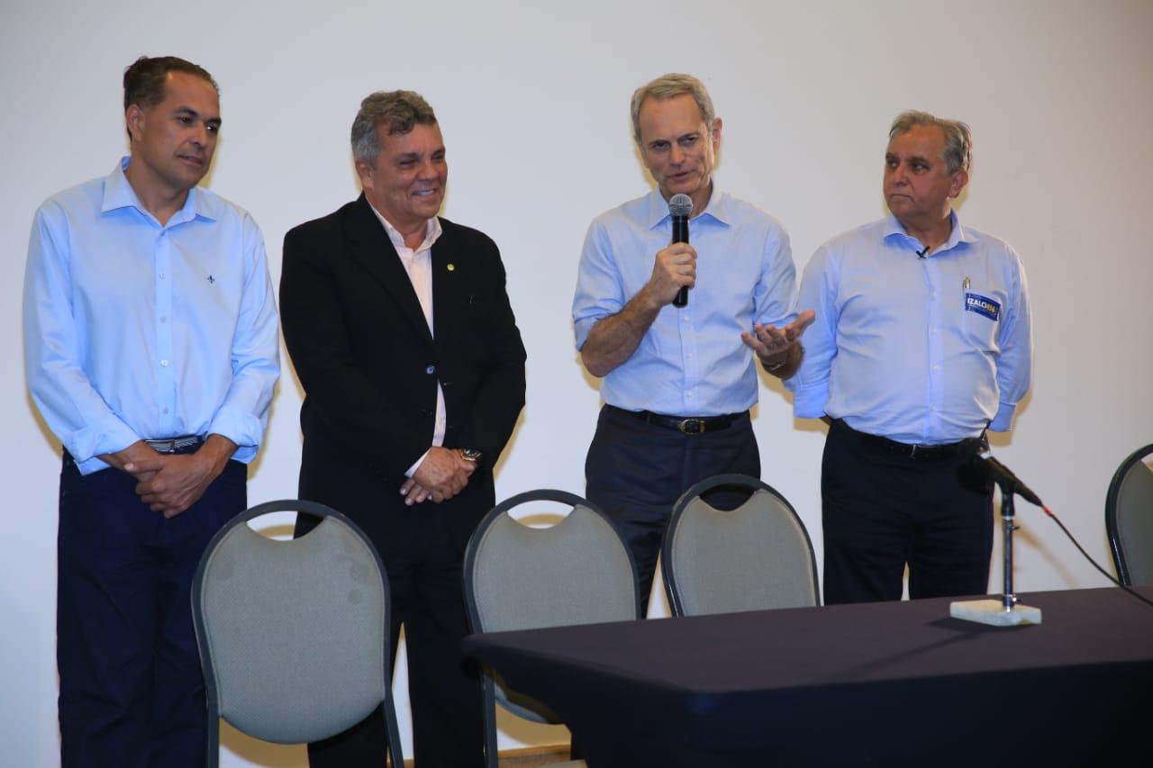 Paulo Octávio declara apoio a Fraga, Izalci e Hélio Queiroz