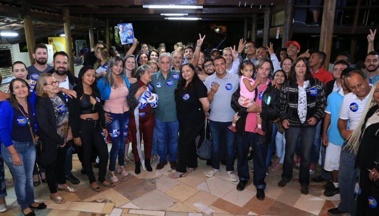 Izalci ouve reivindicações de moradores do Guará pelo projeto Todos pelo DF