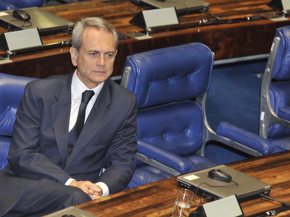 Paulo Octávio desiste de concorrer ao Senado