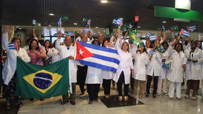 Opinião – Onde Bolsonaro errou ao fazer críticas pontuais ao programa Mais Médicos?