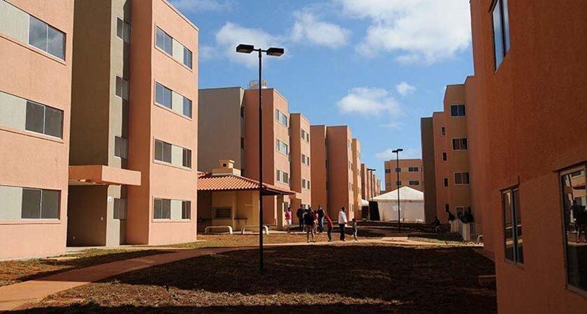 Codhab convoca famílias com renda até R$ 1,8 mil para confirmação de inscrição