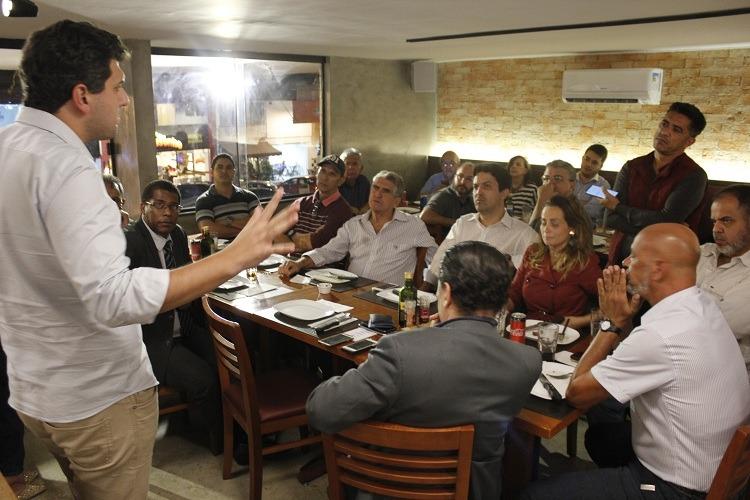 Eduardo Pedrosa apresenta suas propostas para o DF para os blogueiros da ABBP