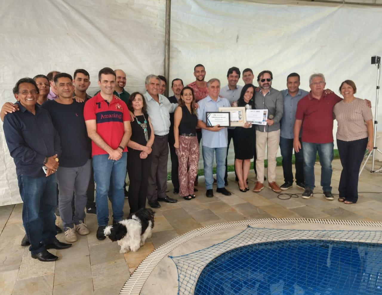 Izalci Lucas recebe o Prêmio Destaque ABBP 2018