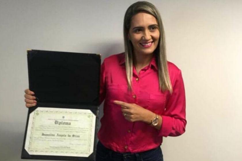 Jaqueline Silva é diplomada pelo TRE/DF que comunica à CLDF cancelamento do diploma de Telma Rufino