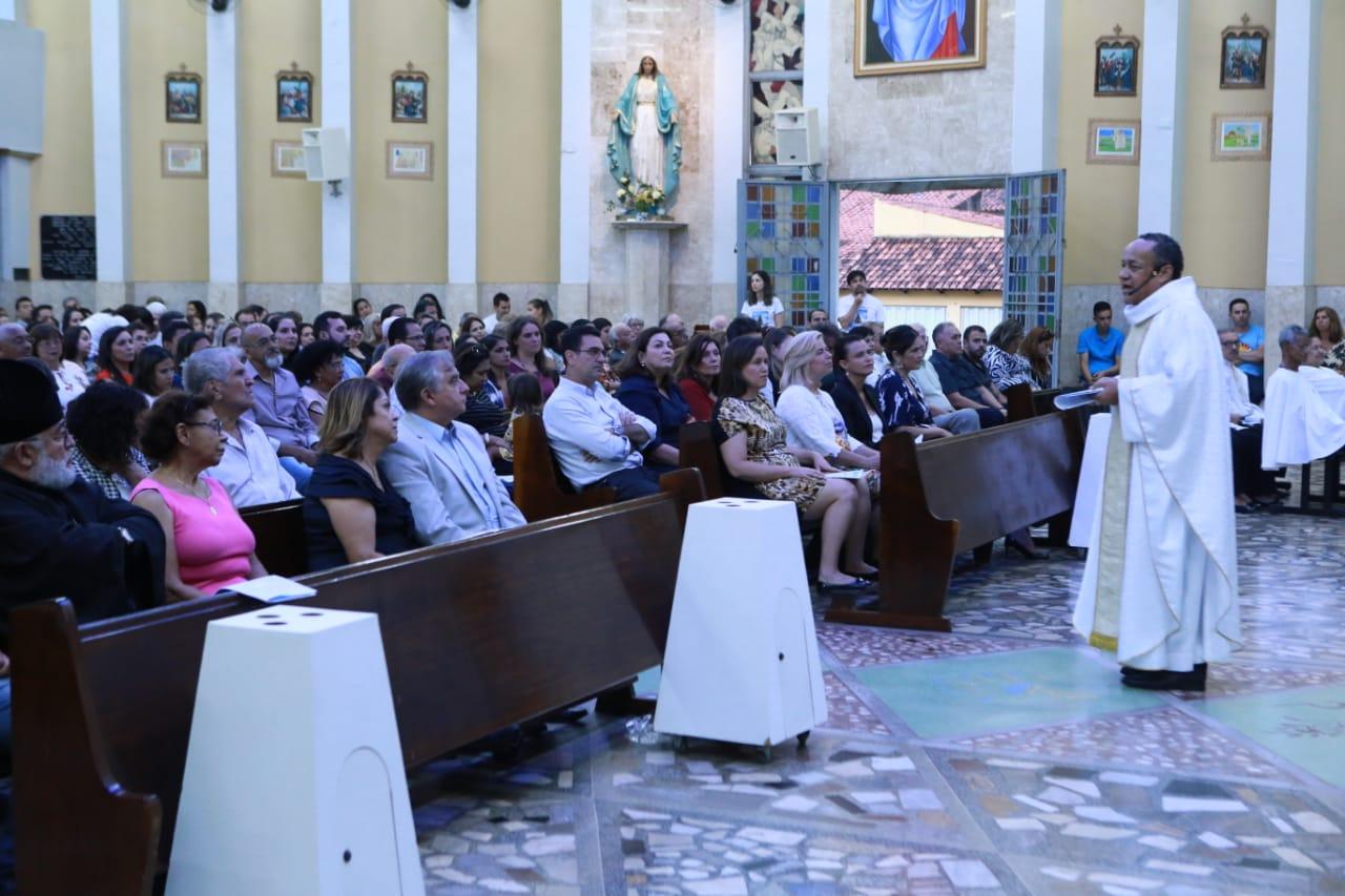 Guaraenses e aliados promovem missa em ação de graças para o senador Izalci