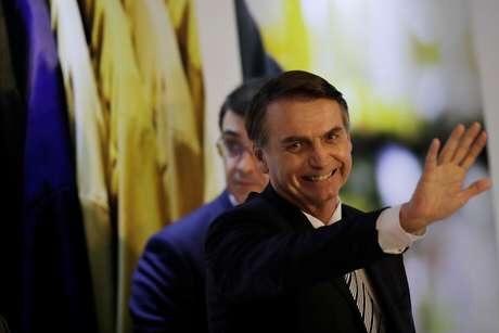 Bolsonaro entrega PEC da Previdência ao Congresso