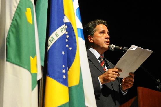 Fernando Leite seguirá firme no comando da Caesb, segundo advogado