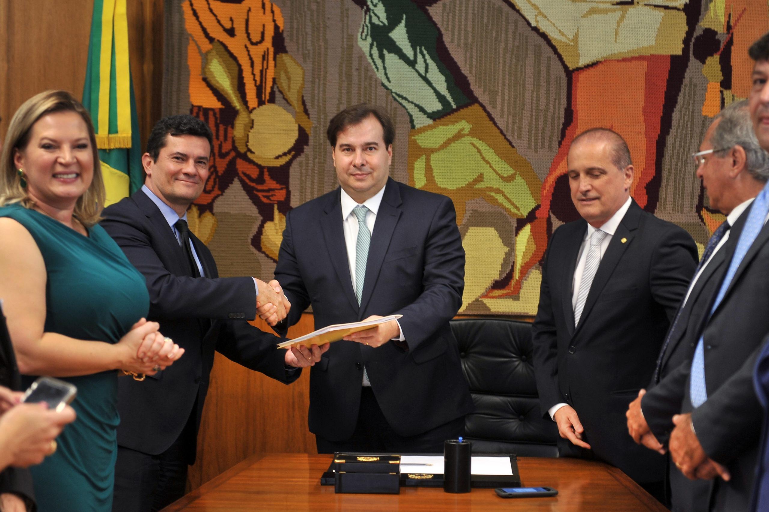 Governo Bolsonaro entrega proposta anticrime para Câmara dos Deputados