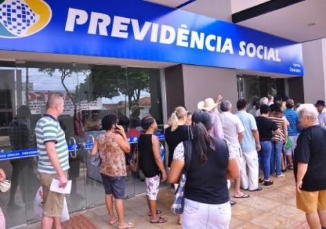 Bolsonaro fará a análise do texto-base da Reforma da Previdência antes de enviar para a Câmara