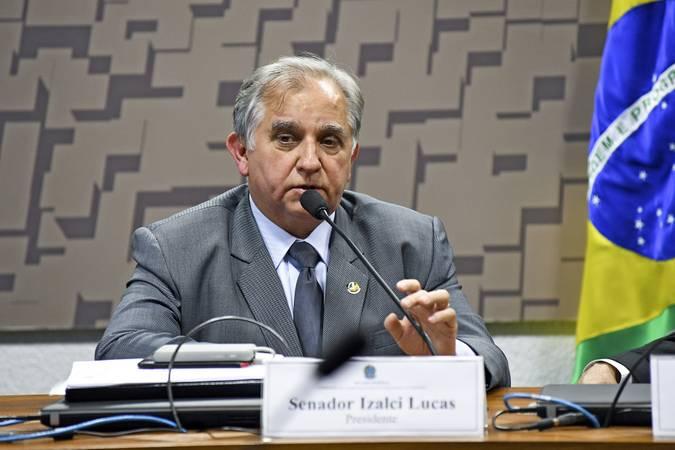 Em entrevista à Rádio Senado, Izalci Lucas defende investimentos no turismo e empreendedorismo no DF