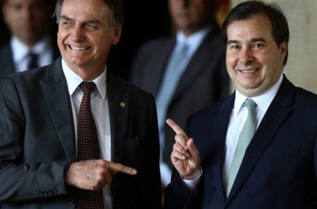 """Rusgas com Maia são """"página virada"""", diz Bolsonaro"""