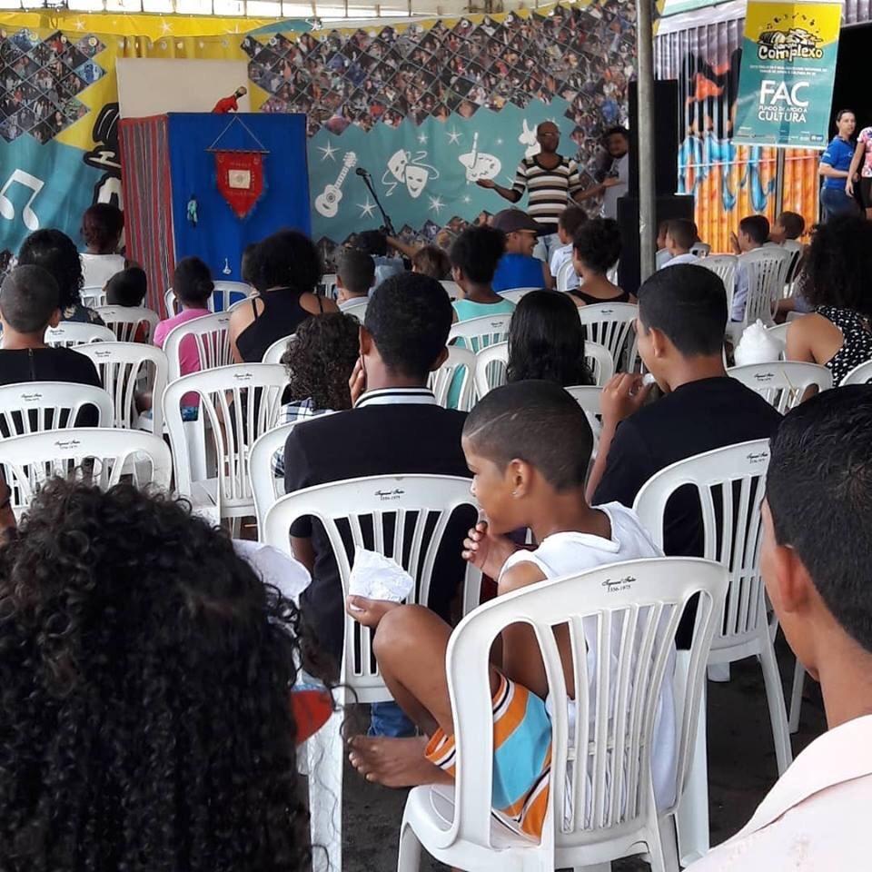Sarau Complexo agitou Samambaia