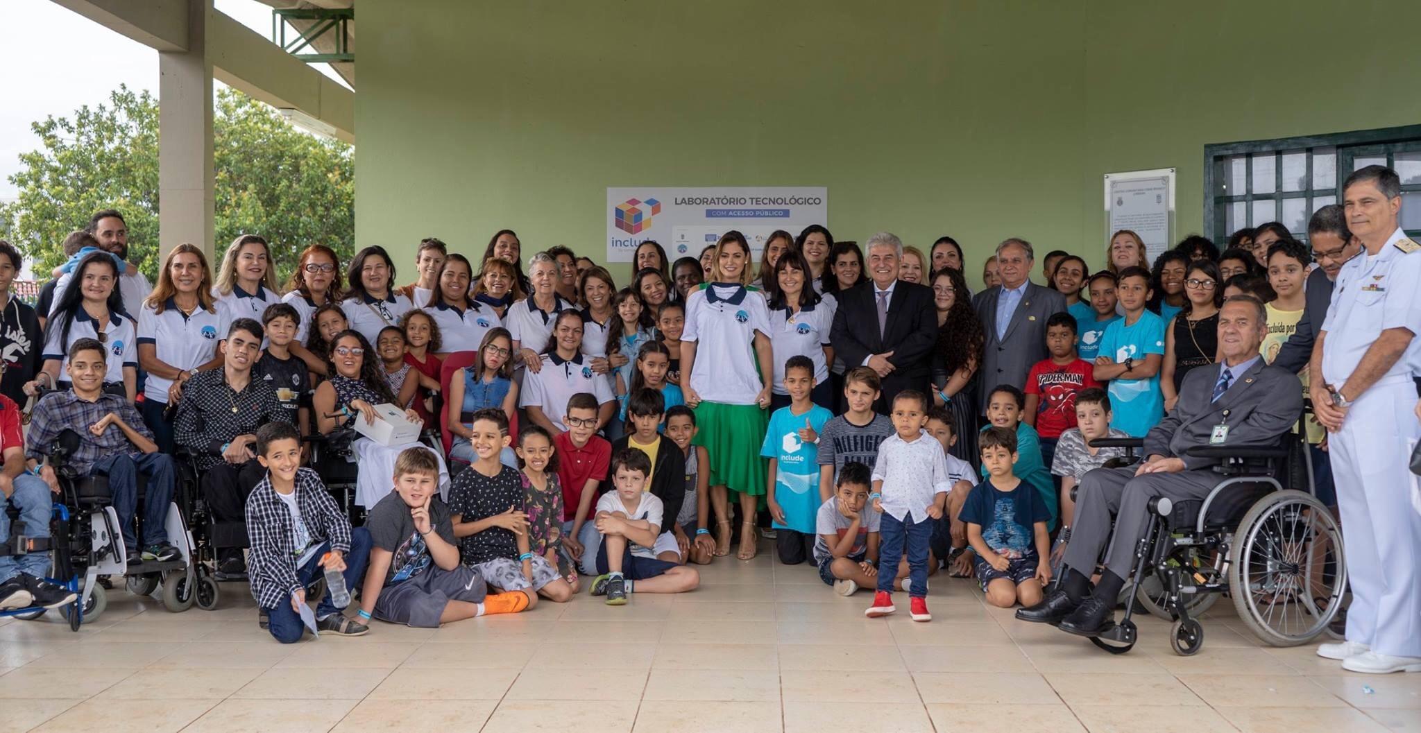 Michelle Bolsonaro, Marcos Pontes e Izalci Lucas participam de aula inaugural de projeto de inclusão digital no Guará