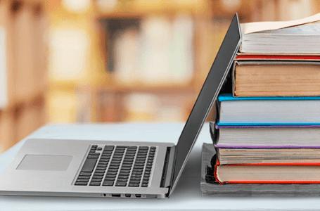 Especialista britânico diz que tecnologia está sendo usada de forma errada na educação