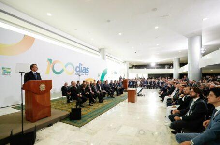 Bolsonaro cumpre metas dos primeiros 100 dias