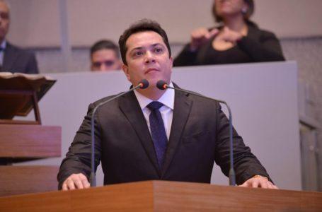 TRE-DF cassa mandato do distrital José Gomes por coação de funcionários e abuso de poder econômico