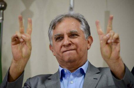 Por meio do voto, tucanos elegem Izalci Lucas para comandar o partido no DF