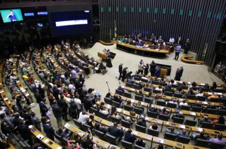 Líderes comunitários foram homenageados por Izalci no Congresso Nacional