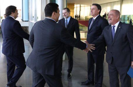 Bolsonaro promove mudanças na articulação política de seu governo após sucessivas derrotas no Congresso