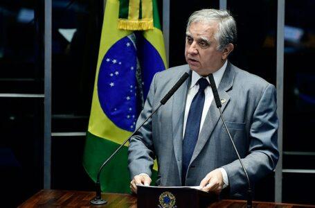 Lei de combate à fraudes do INSS deve gerar economia de R$ 10 bi ao ano, diz Izalci