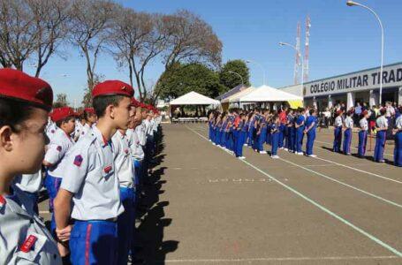 Pais de alunos do Colégio Militar Tiradentes acusam comandante da PMDF de querer acabar com a instituição