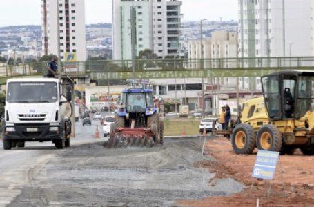 Faixa de trânsito da Avenida das Castanheiras até a EPTG deve melhorar fluxo de veículos em Águas Claras