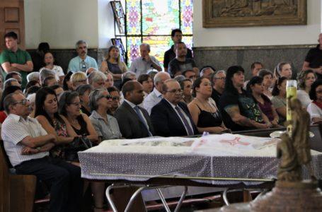 SEGURANÇA | Ibaneis vai a velório do padre Casemiro e promete reforçar segurança