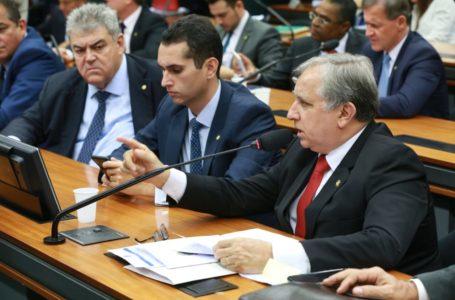 DESENVOLVIMENTO | Parlamentares vão debater o impacto da ciência e tecnologia na economia brasileira