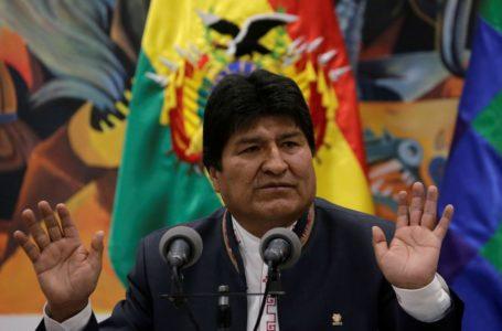 AMÉRICA DO SUL | Com 99,99% das urnas apuradas, Evo Morales comemora vitória na Bolívia