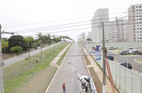 VALPARAÍSO DE GOIÁS | Pábio Mossoró promove melhorias na iluminação pública da cidade