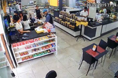 PERIGO NO GUARÁ | Vídeo de bandidos disfarçados de PMs roubando padaria viraliza nas redes